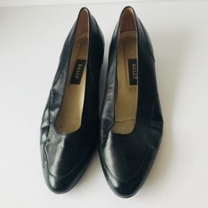 Bally Black Leather Mocassine shoes